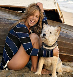 jennifer-anniston-and-dog